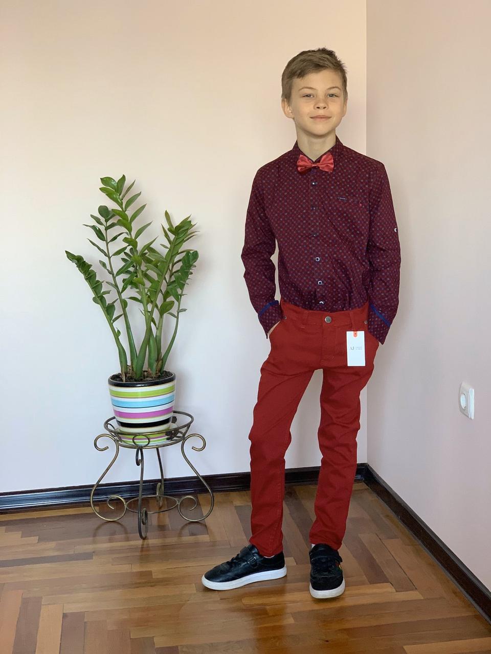 Стильный комплект для мальчика: бардовая рубашка и брюки Polo