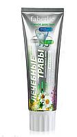 Кислородная профилактическая зубная паста «Лечебные травы» Faberlic