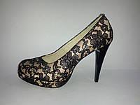 Красивые кружевные женские туфли на каблуке 36р Maxi