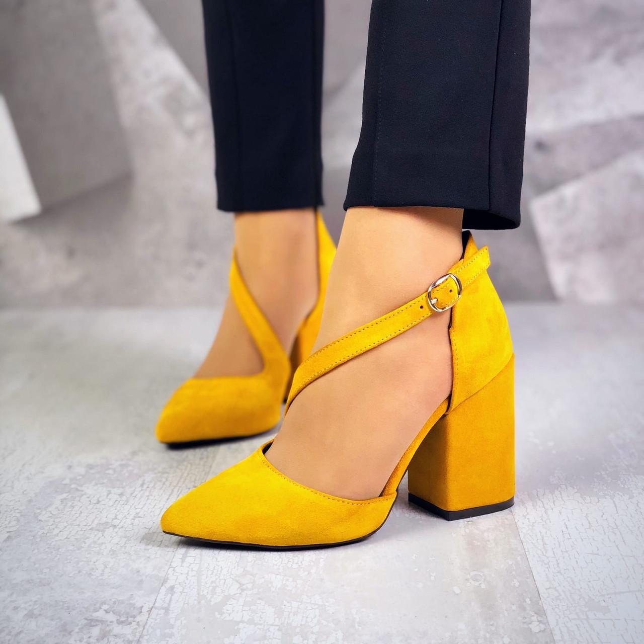 Классические замшевые туфли на каблуке 36-40 р горчица