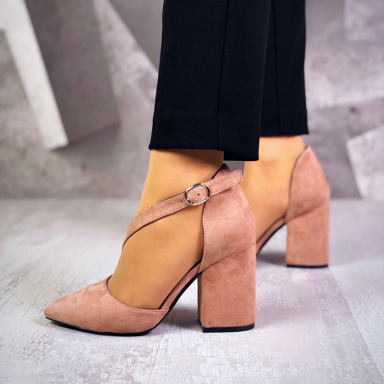 Класичні замшеві туфлі на підборах 36-40 р капучіно