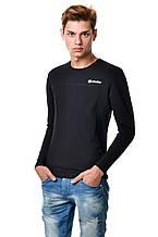 Бавовняна чоловіча футболка з довгим завуженим рукавом, біла з оригінальною нашивкою