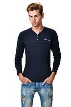 Оригінальна c V - подібним вирізом чоловіча футболка з довгим завуженим рукавом з нашивкою і гудзиками синя