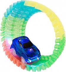 Гибкий гоночный трек 56 деталей с машинкой (со светом) Maya Toys 7210