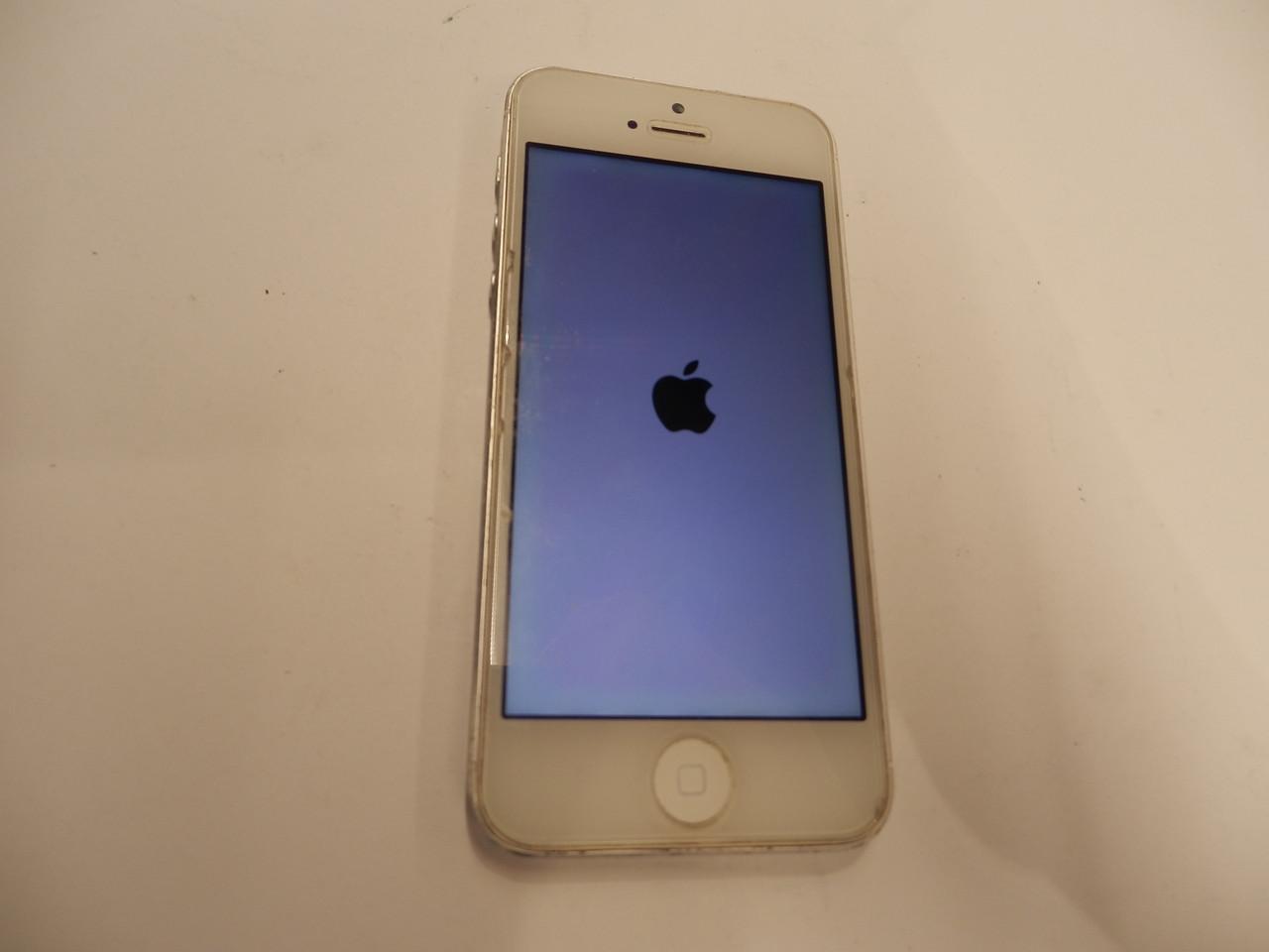Мобильный телефон Apple iPhone 5 64Gb №7343
