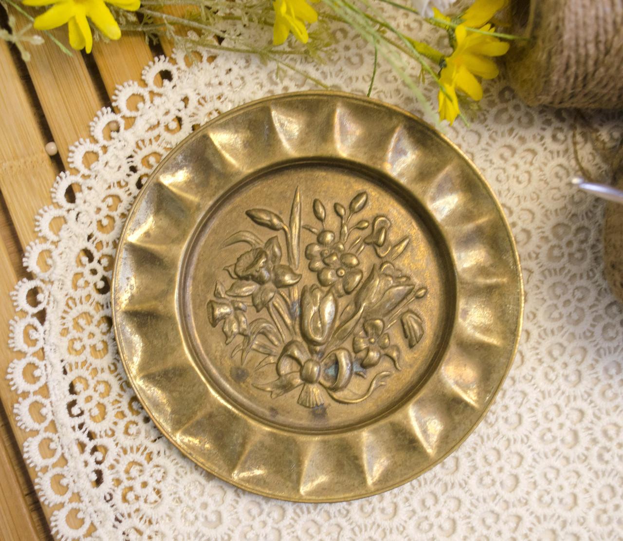 Винтажная настенная бронзовая тарелочка, бронза, Германия, 14,5 см