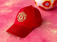 Бейсболка спортивная кепка с козырьком логотип Манчестер Юнайтед Красная