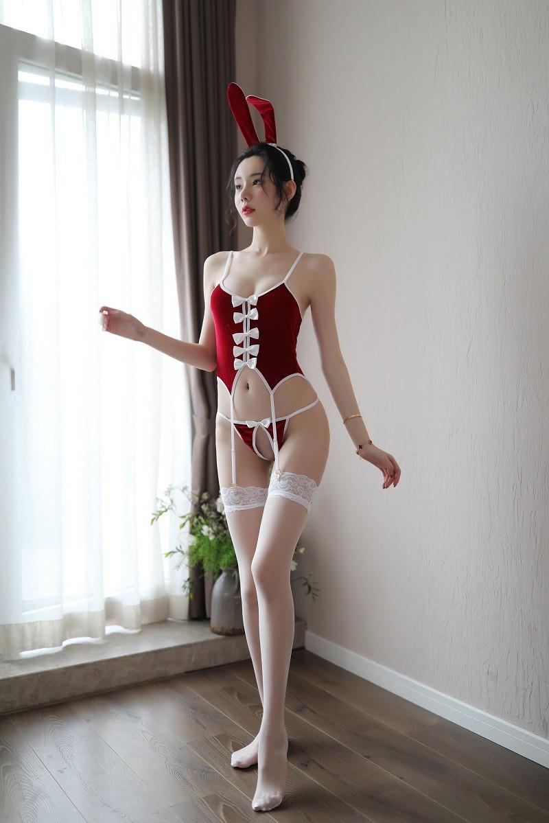 Сексуальный костюм зайчика