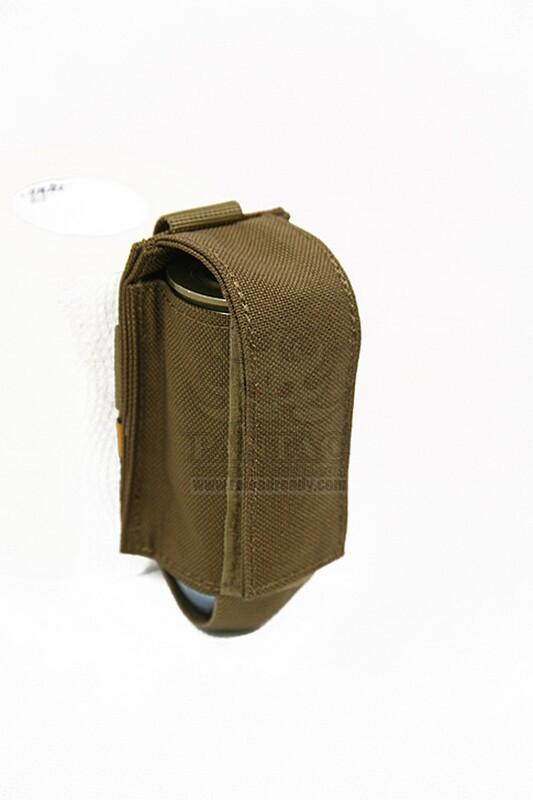 Оригинал Подсумок гранатный 40мм молле Shark Gear Molle Single 40mm Grenade Pouch 80001210 Digital Desert (копія АОР1)