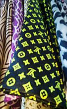 Косынка атласная Louis Vuitton платок шелковый с подвесками. Черная с салатовым