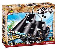 Конструктор COBI Пиратский корабль с тремя фигурками людей COBI-6016