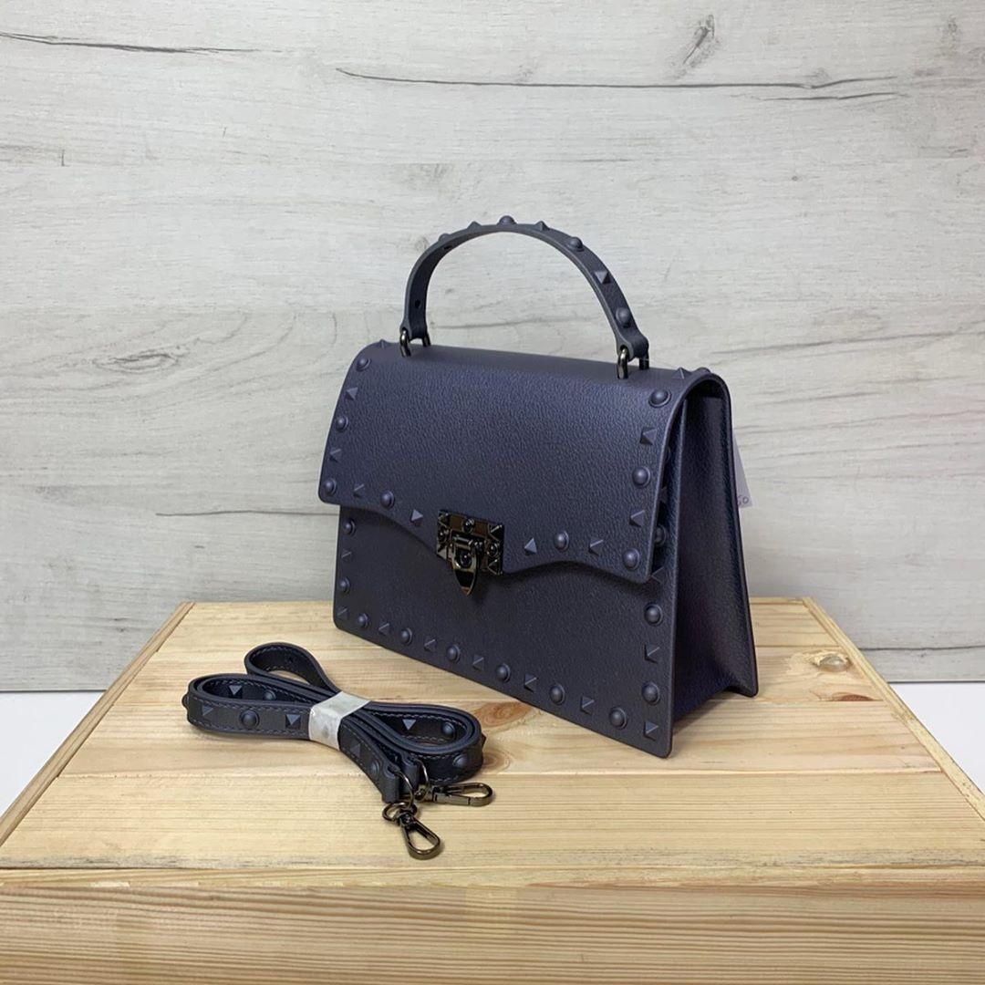 Силиконовая сумка с шипами по контуру (0467) Серовато-Фиолетовый