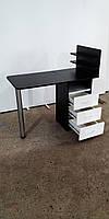 Маникюрный стол с ящиками