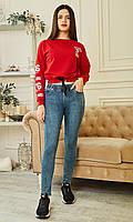 Модные джеггинсы в голубом цвете с  функциональными передними и задними карманами