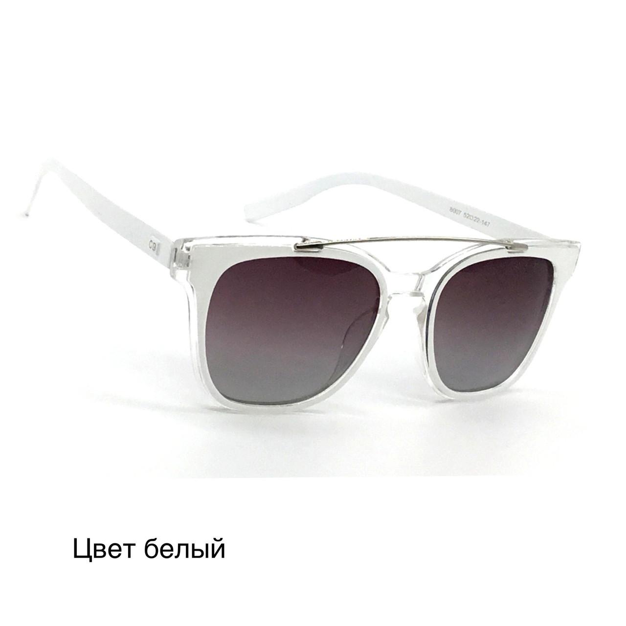 Солнцезащитные очки с поляризационной линзой 8007