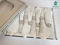 Скатерть с салфетками и кольцами праздничная