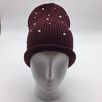 Женская шапка с жемчужинами Бордовый