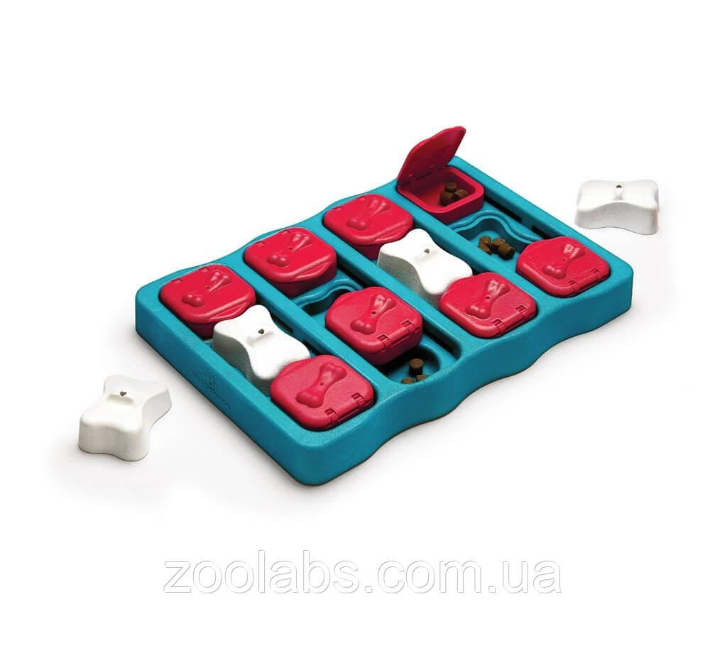 Інтерактивна іграшка-головоломка для собак Nina Ottosson Dog Brick