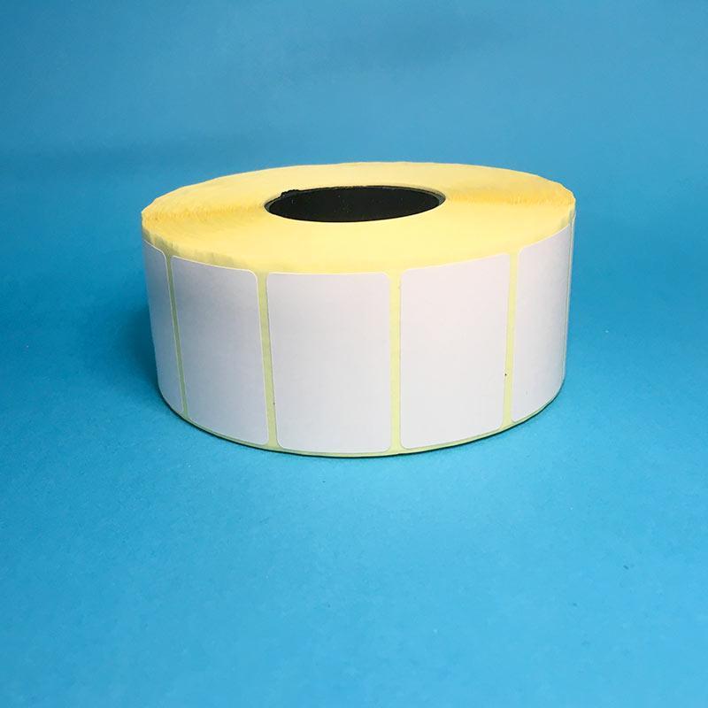 Термоетикетка ТОР 40х25 (2000 шт., вт. 41мм, каучуковий клей). Ціна за рулон.
