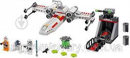 Конструктор LEGO Star Wars Втеча на повстанському винищувачі X-Wing 132 деталей (75235)
