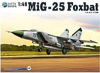 Сборная модель самолета МиГ-25ПД/ПДС Foxbat 1 48