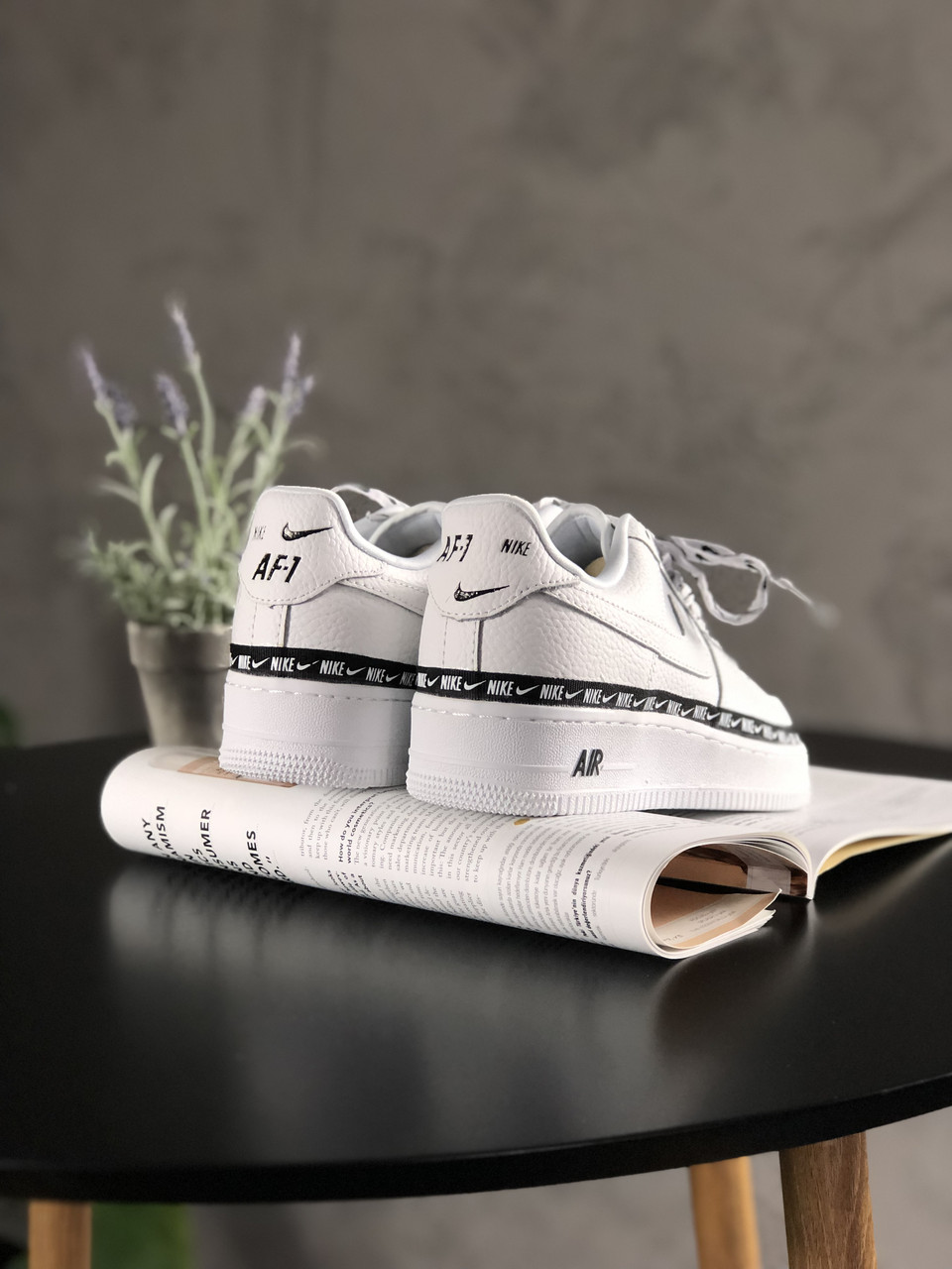 Кроссовки Nike Air Force 1 '07 Low SE Premium White Black 3