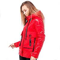 Красная женская куртка (42-50) демисезон
