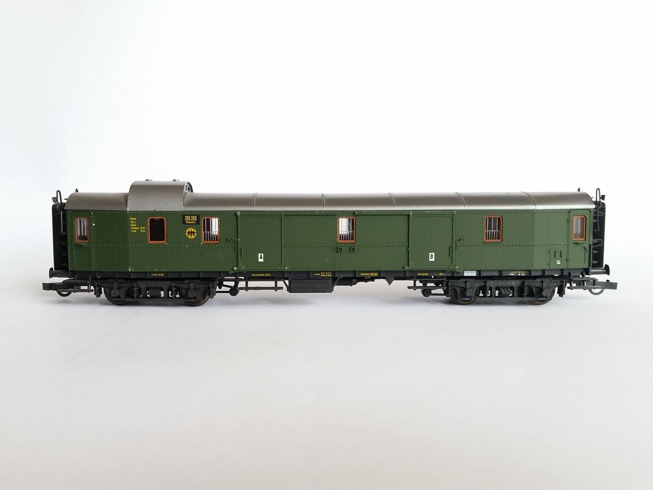 Roco 4220B почтовый вагон тип Pw4ü  придлежности DRG, масштаба 1:87,H0