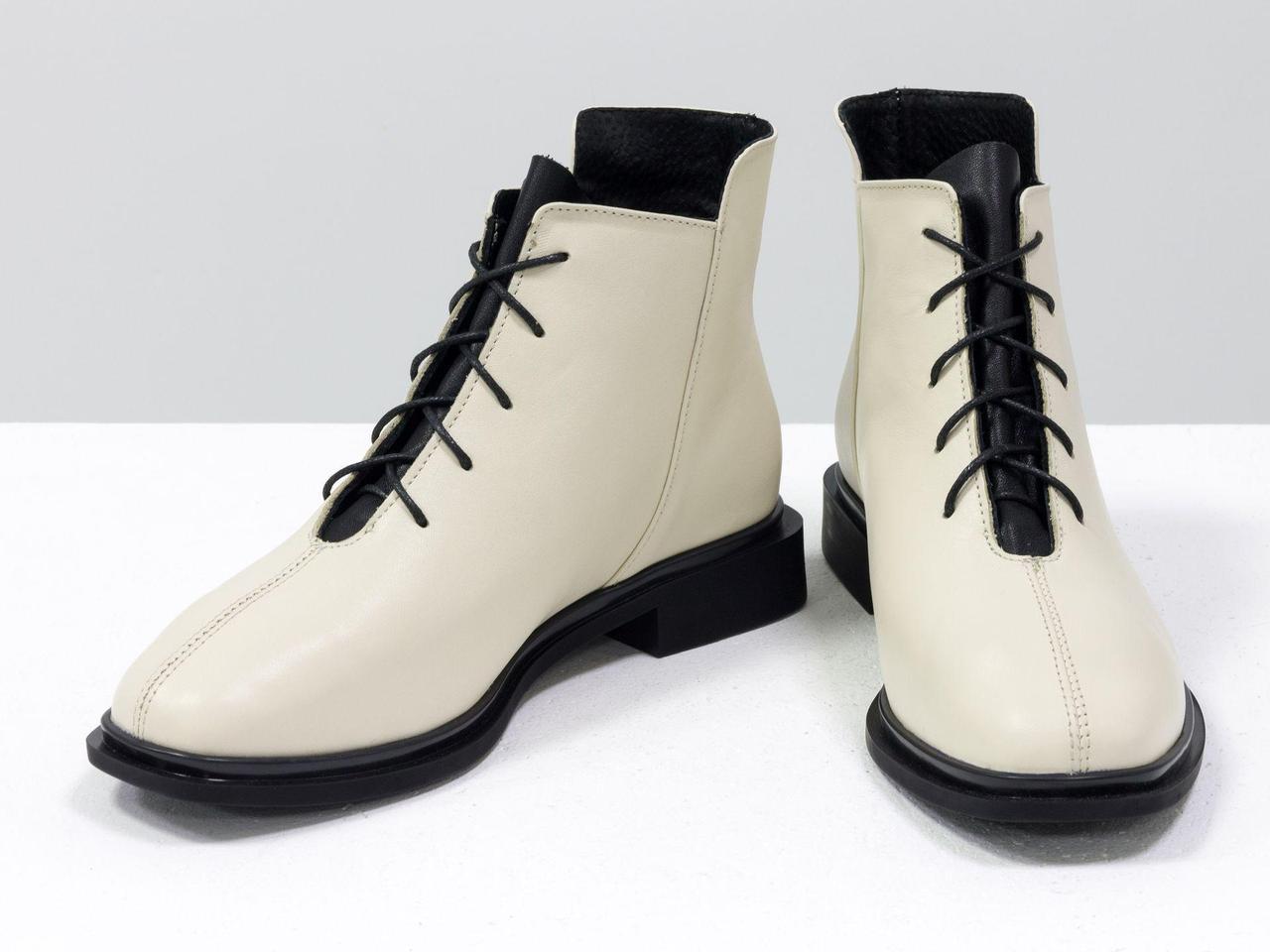 Ботинки молочного и черного цвета из итальянской натуральной матовой кожи