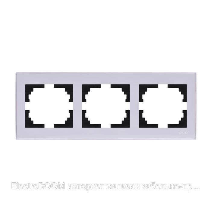 Рамка тройная горизонтальная белая RAIN Lezard