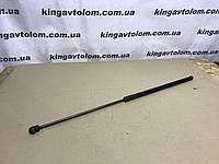 Амартизатор капота Volkswagen Golf 6    5К0 823 359 D