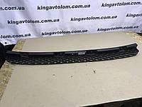 Напрямна заднього бампера центральна Volkswagen Golf 6 1К9 807 863 А, фото 1