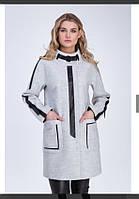 Стильное женское пальто из кашемира с кожаными вставками