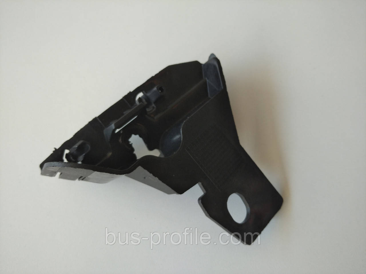 Крепление бампера R MB Sprinter 06- — ROTWEISS — RW88062
