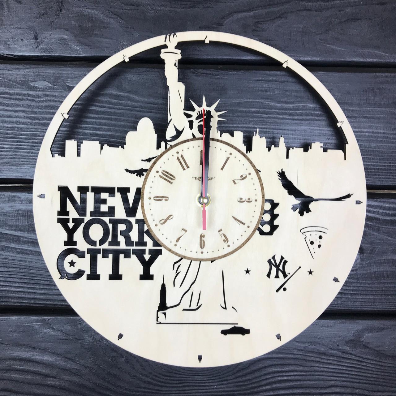 Часы настенные круглые из дерева «Нью-Йорк. Статуя Свободы»