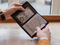 Кожаная обложка для автодокументов  старого и нового образца_ обложка для водительских документов_черная