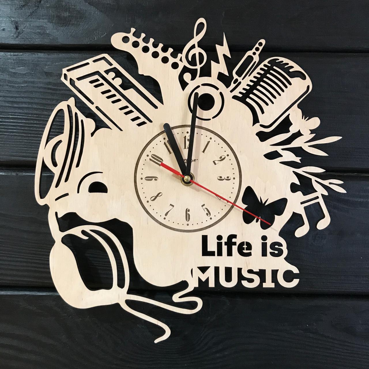 Оригинальные часы ручной работы из дерева «Музыка»