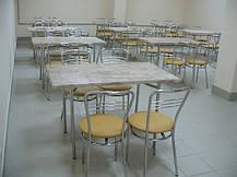 Современная заводская столовая, оборудованная стульями Аргенто хром и столами Тирамису с столешницей Верзалит.