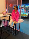 Женская короткая светоотражающая куртка розовая с воротником стойкой 7101260, фото 3