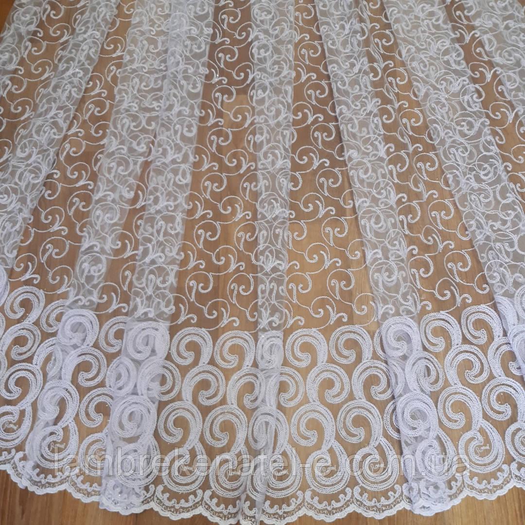 Турецкая белая тюль в зал, фатин с вышивкой кордовый завиток