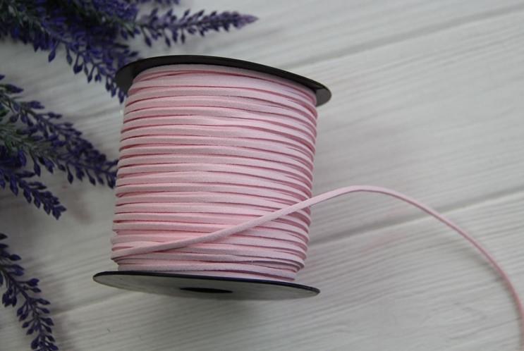 Шнур замшевый , Светло - розовый     катушка 90 метров