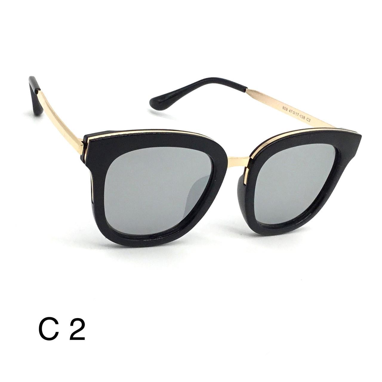 Солнцезащитные очки линзой Polaroid Р 809