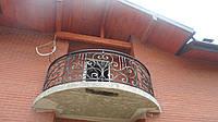 Кованый балкон (полукруг)