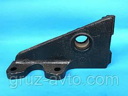 Кронштейн ЗИЛ-130 тормозной камеры или кулака разжимного правый гипоидный мост /130Г-3502120