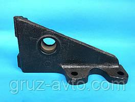 Кронштейн ЗИЛ-130 тормозной камеры или кулака разжимного левый гипоидный мост/ 130Г-3502121.