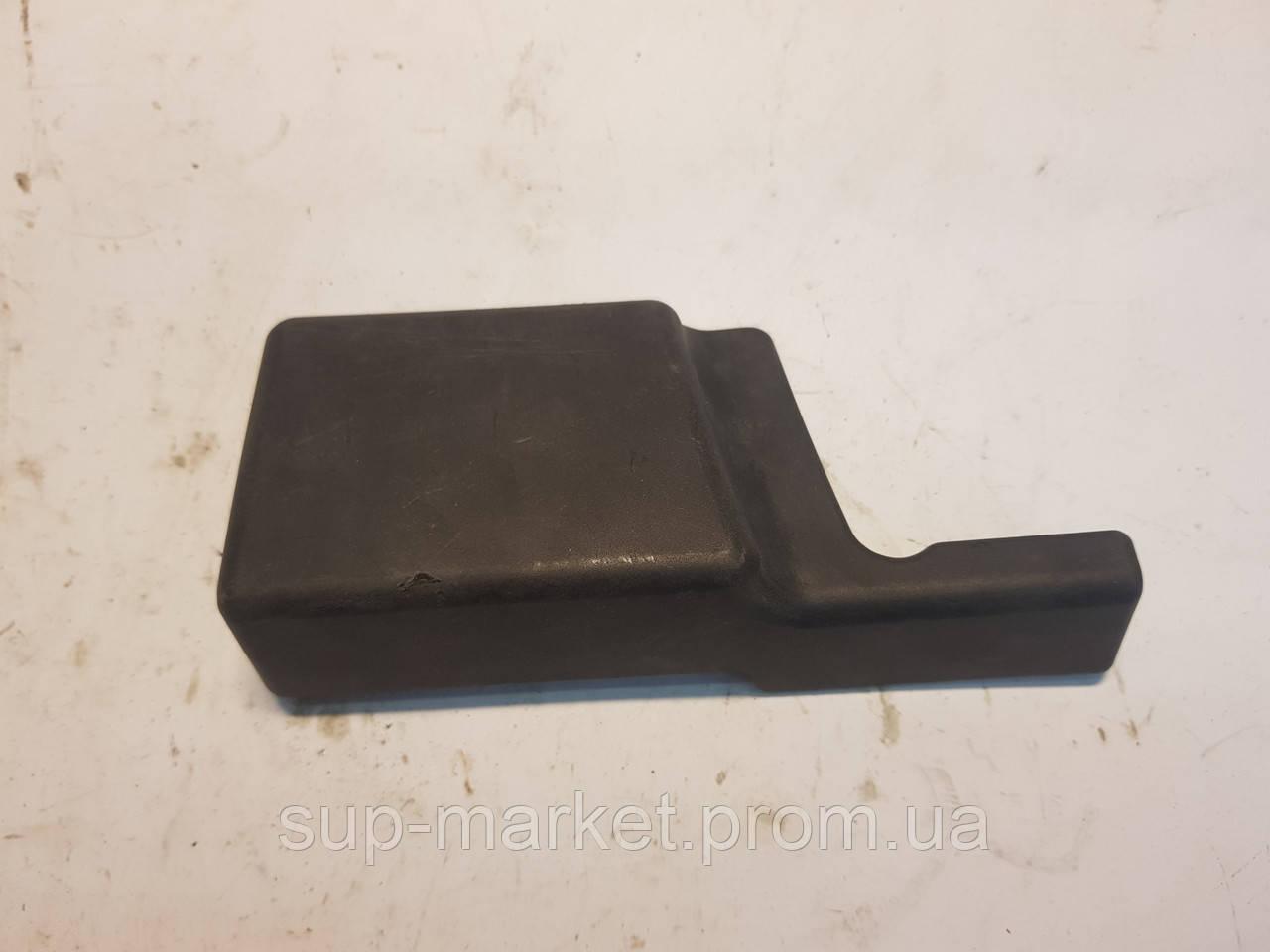 8L0881349B Заглушка защита сидения левая для VAG A6 C5 2.5TDI 1997-2004