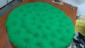 Объемная мебельная подушка с пуговицами