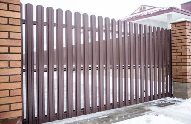 Откатные ворота из штакетника