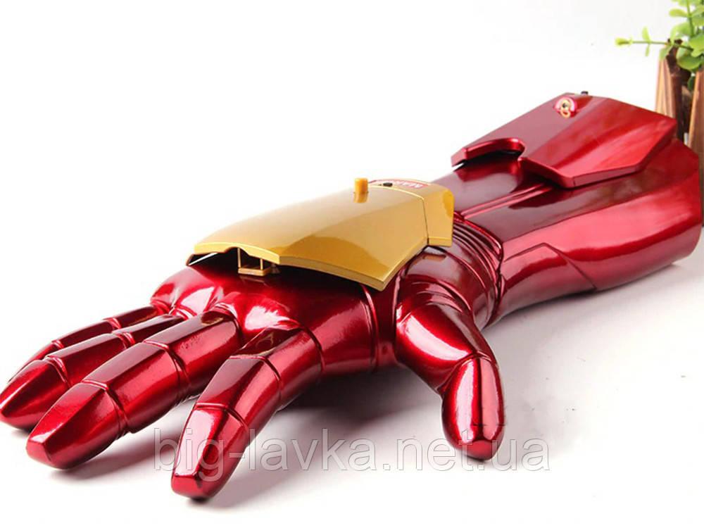 Перчатка Железного человека из Марвел