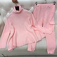 Женский шерстяной спортивный костюм свободного кроя розовый